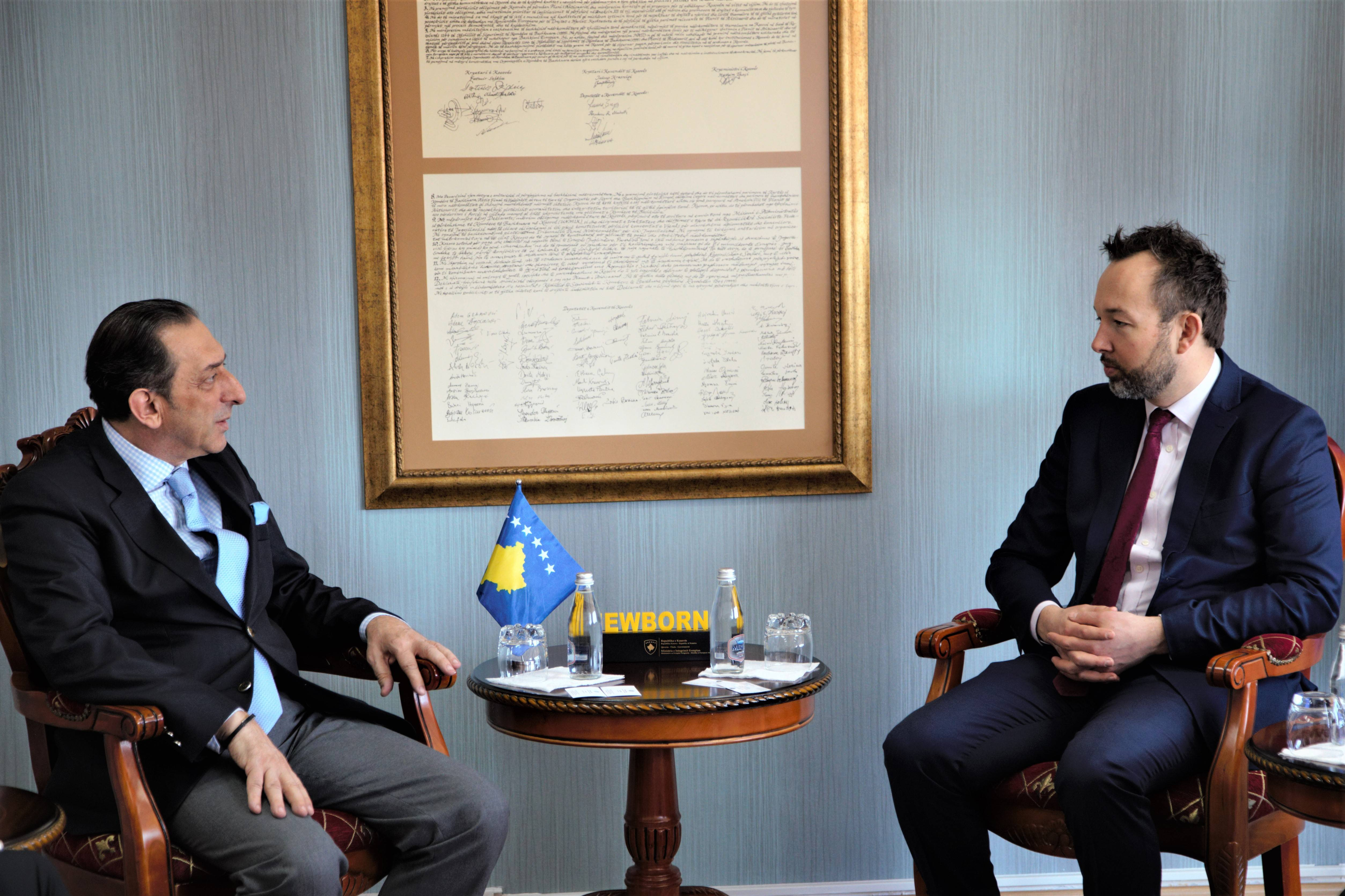 Minister Reka hosted the Head of Office of the European Bank for Reconstruction and Development in Kosovo in a meeting