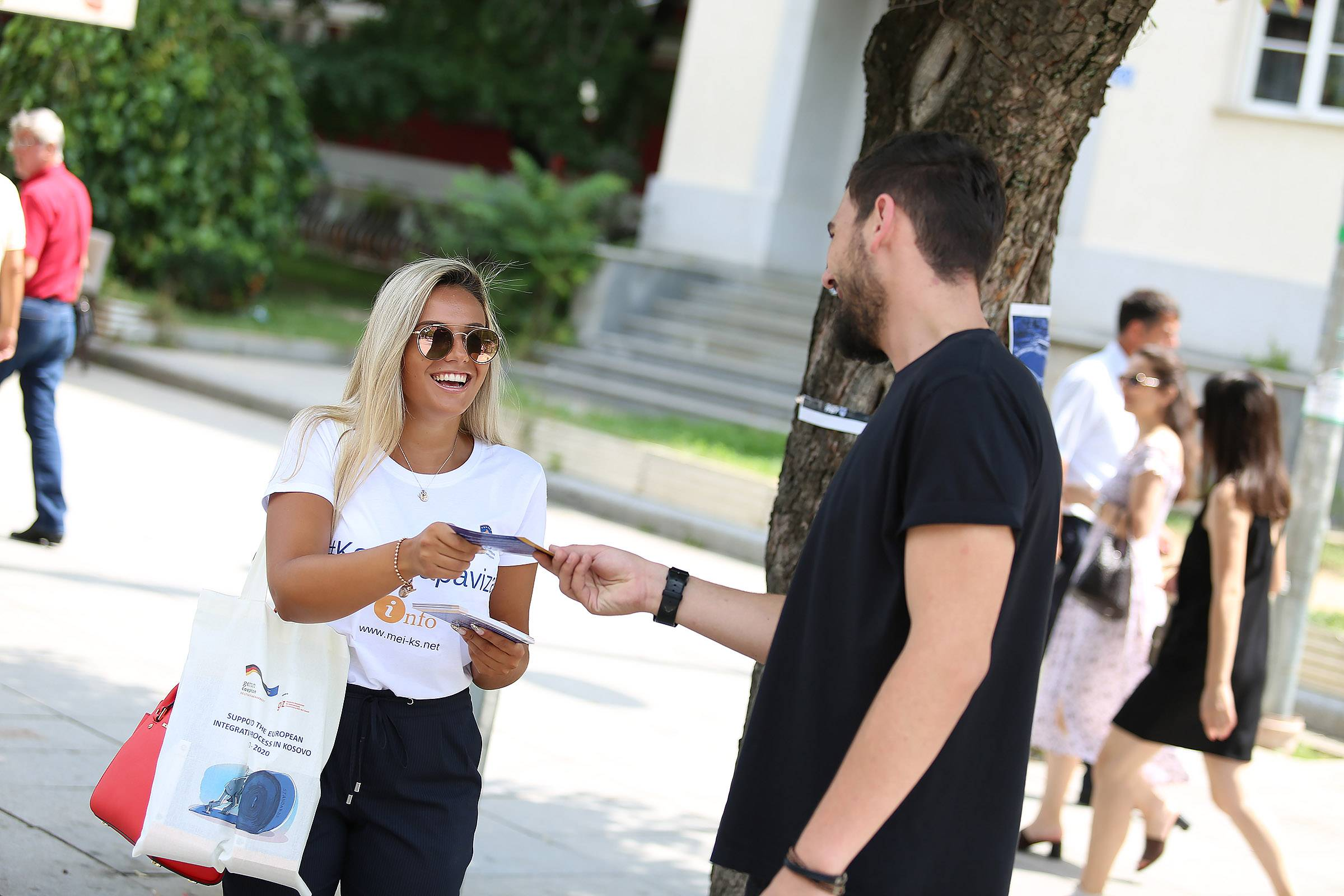 Information campaign regarding visa liberalization commenced in the Mother Teresa Square