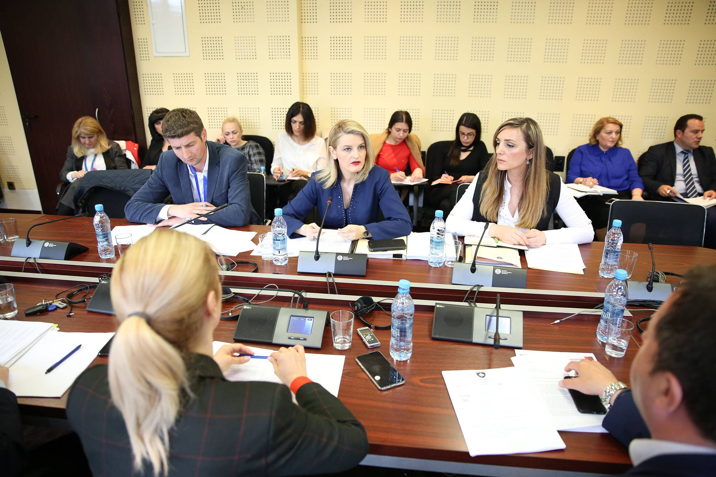 Minister Hoxha reports to the Committee for European Integration: Implementation of the SAA must be more dynamic