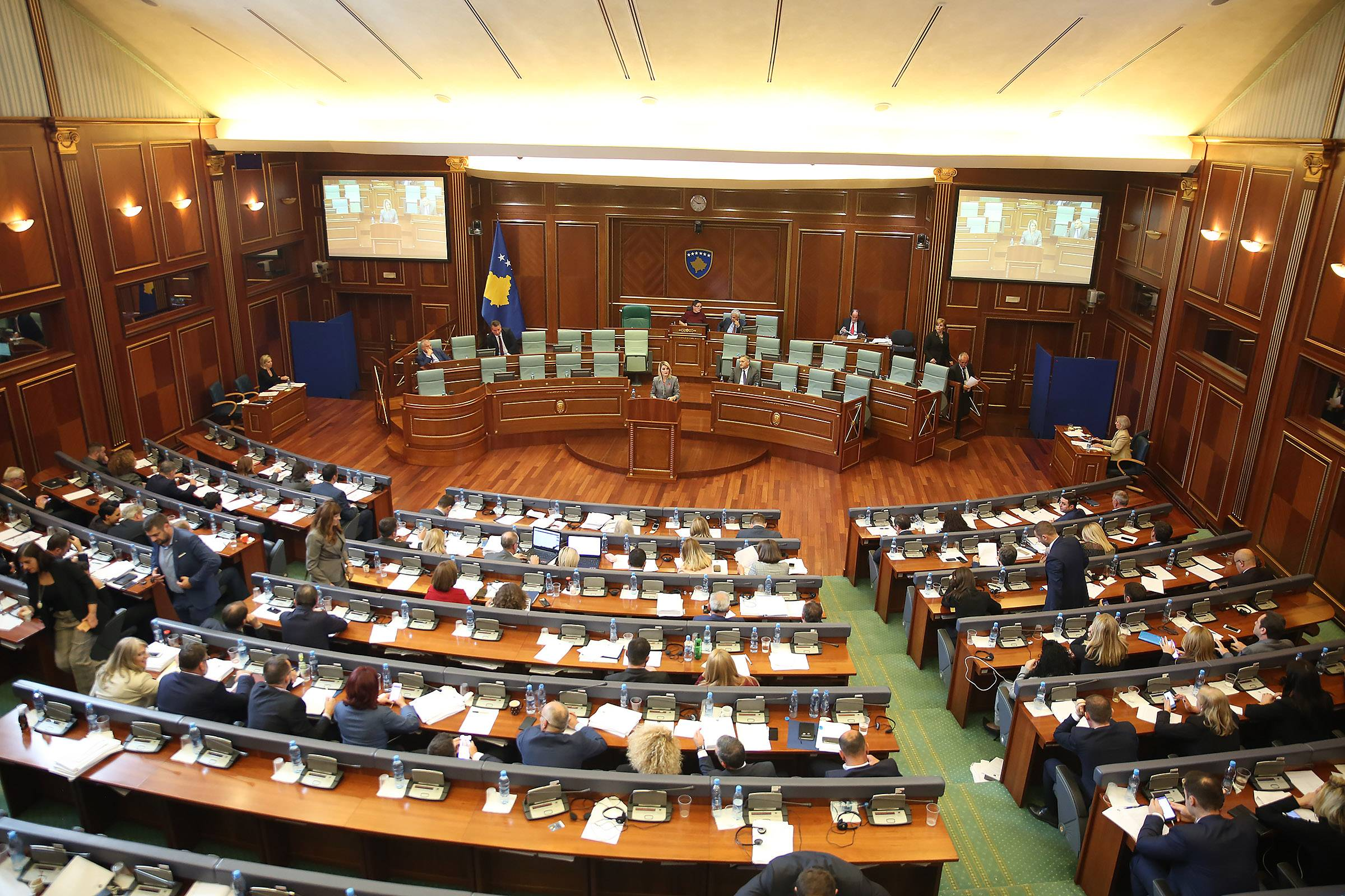 Two important draft-laws for the integration process are approved by the Assembly